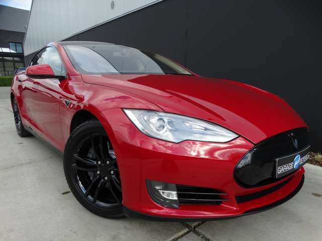 Tesla Model S 85 kWh**BLACK PACK*CAMERA*19
